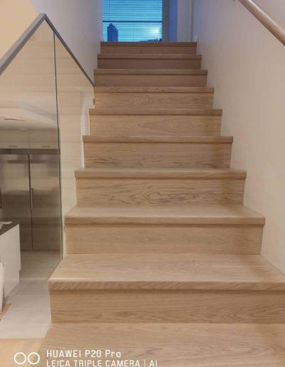 trepipaigaldsu ja puiduga katmine